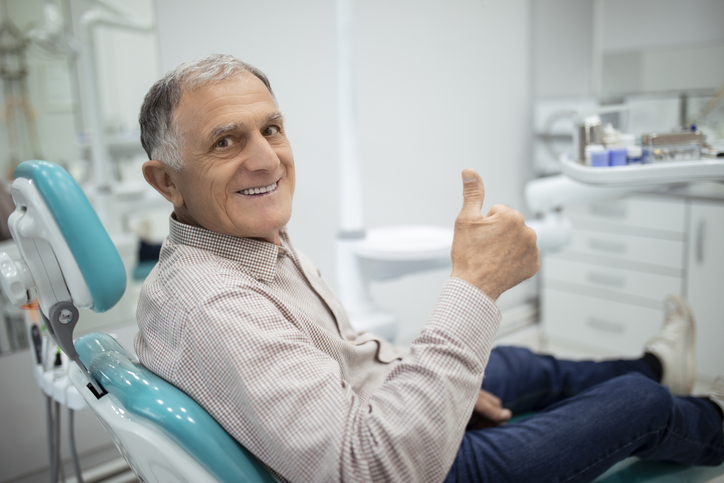 thumbs up in dental implants